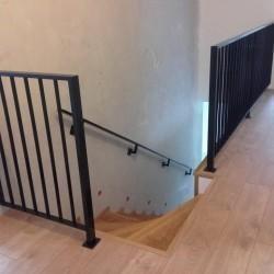 balustrada schodowa metalowa ciemna02