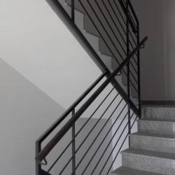 balustrady schodowe ciemne 1