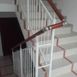 balustrady schodowe z poręcza 01
