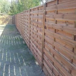 drewniane ogrodzenie posesji 02
