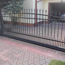 ozdobna metalowa brama 003